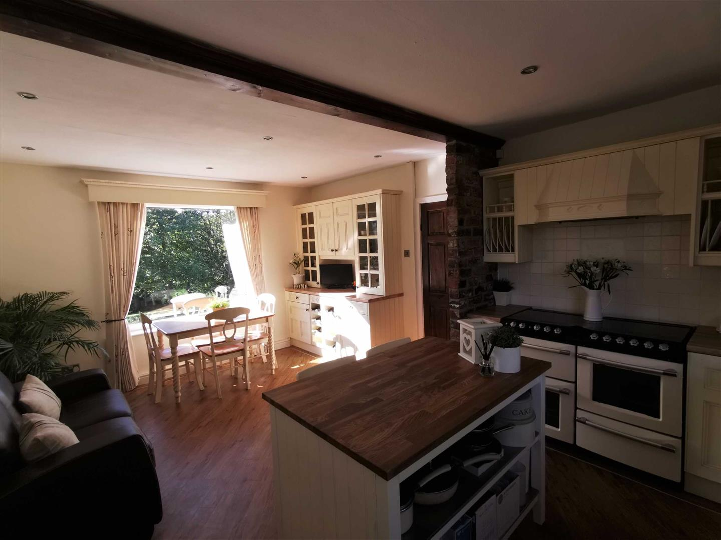 4 Bedroom Semi Detached Cottage For Sale - Image 63